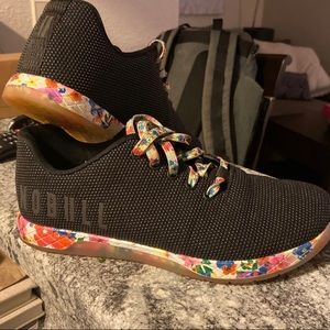 Floral Trainers- Black